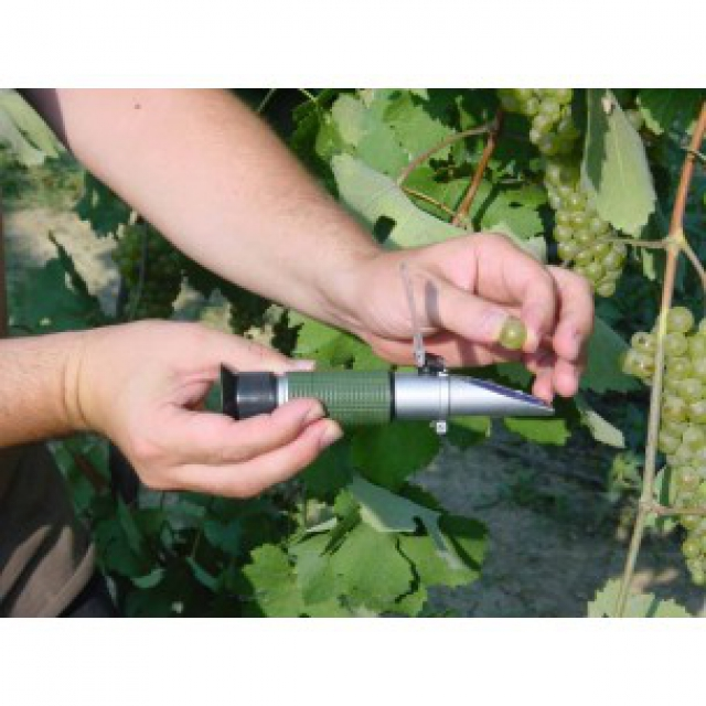 Refractometer Brix and Babo